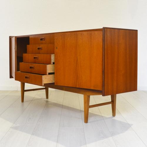 sideboard -SCA10836